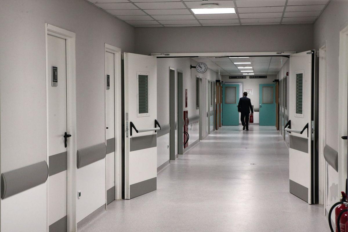 Κορωνοϊός ΕΣΥ: Πιέζεται αφόρητα από την πανδημία